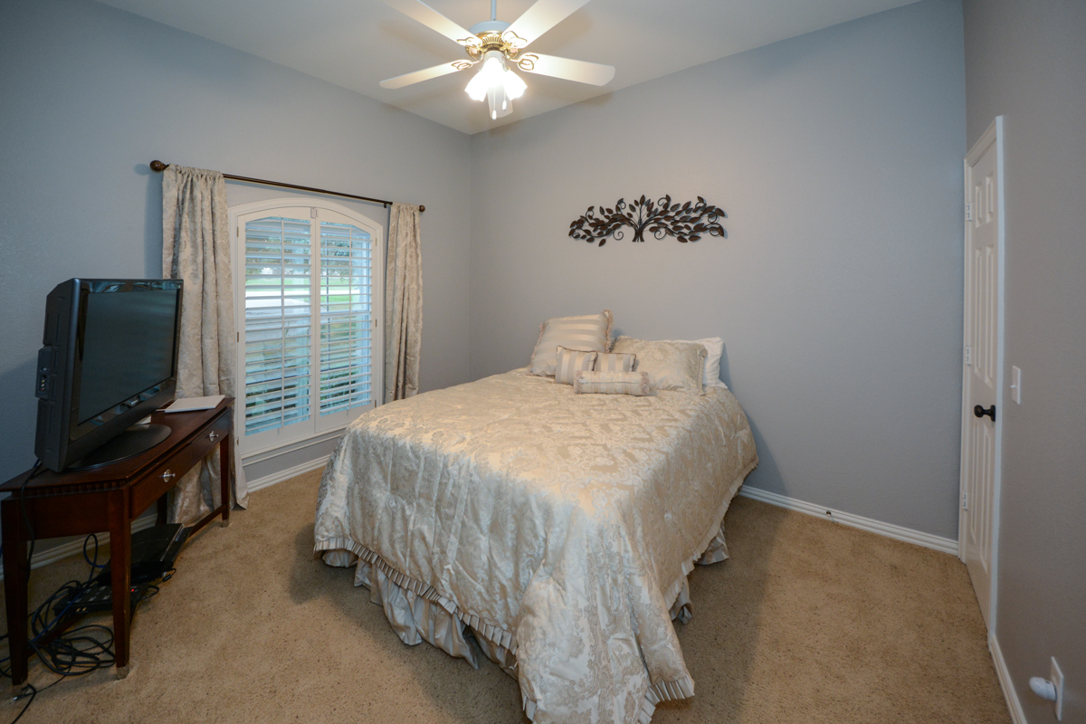 3475-twin-lakes-drive-celina-tx-75078-guest-bedroom-4