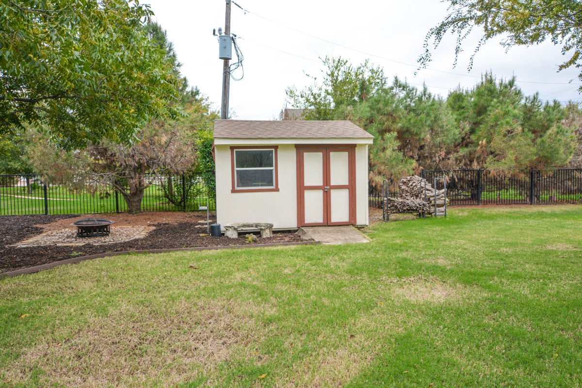 3475-twin-lakes-drive-celina-tx-75078-storage-shed